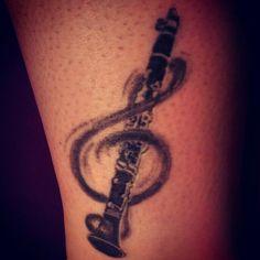 #lieberdschinni#ich liebe Musik und das Klarinette spielen. Bitte sorgt dafür, dass ich einmal in eurem Musical mitspielen darf.