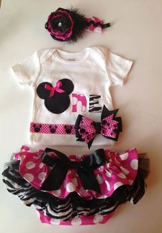 Minnie Mouse Birthday, First Birthday, Minnie Mouse so cute outfit for kids! From https://www.etsy.com/shop/AStitchInTimeCouture