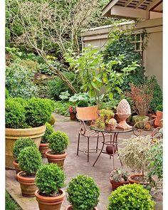 "50 Likes, 1 Comments - GardenChannel (@gardenchannel) on Instagram: ""Porch & deck Via bhg.com #boxwood #garden #gardens #gardenchannel"""