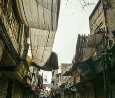 Tehsil bazaar Sialkot . . City: Sialkot  Camera: Sony Xperia Z3 Compact  Aperture: f2 . . Flickr / 500px / viewbug: jabbarjamil  __________________________________ #sialkot #sialkotobserver #jabbarographs #jabbarjamil #vscogram #worldcaptures #justgoshoot #shoot2kill #ig_worldclub #nothingisordinary_ #cityscape #sialkotbest #vscosialkot #igers #photogram #urbangrammers #mobilephotography #picturepakistan #punjab #neverstopexploring #urbanandstreet #wanderlust #exploreeverything #cityofiqbal…