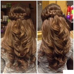 Half up Half down #Hairstyle  Find More: http://www.imaddictedtoyou.com/