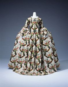 Lyons Silk Brocade Robe a la Française, 1775 Worn by Madame Oberkampf, whose husband established the modern printing industry in Jouy-en-Josas in the suburbs of Paris, when she had an audience with Queen Marie Antoinette. 18th Century Dress, 18th Century Costume, 18th Century Clothing, 18th Century Fashion, Vintage Outfits, Vintage Dresses, Vintage Fashion, Historical Costume, Historical Clothing