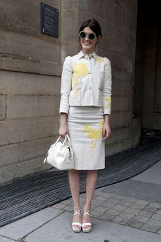 Tailleur blanc avec une touche de fleures  Style from Paris 6.3.2013