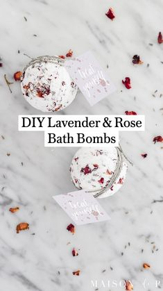 Diy Holiday Gifts, Easy Diy Gifts, Hostess Gifts, Bath Bombs For Sale, Bath Booms, Antique Booth Ideas, Lavender Crafts, Fresh Rose Petals, Rose Bath