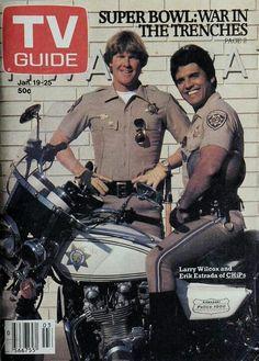 Jon & Ponch Jon benk Larry Wilcox lindíssimo fofinhoo e Erick estrada Chips Series, Larry Wilcox, Tv Guide, Favorite Tv Shows, Super Bowl, It Cast, Retro, Celebrities, Biker