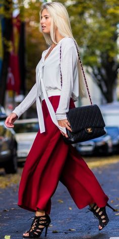 Xeniaoverdose Red Wide Leg Cropped Pants Fall Streetstyle Inspo #Fashionistas