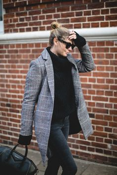 Winter outfits are often the hardest to keep looking 'fresh' because if you're anything like me, once you find a combo that you actually feel warm in, you'll have to… View Post