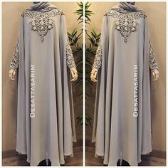 Çok sevdiğiniz pelerin takımın Yen'i rengi 😍💕✨ . #elbise #hijupstyle #fashionblogger #instafashion #istanbul #turkey #dress #abaya #abiye…
