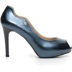 Nero Giardini donna decollete blu (Oceano) P717370D scarpe in pelle estate 2017, eu 39 in OFFERTA su www.kellieshop.com Scarpe, borse, accessori, intimo, gioielli e molto altro.. scopri migliaia di articoli firmati con prezzi in SALDO #kellieshop Seguici su Facebook > https://www.facebook.com/pages/Kellie-Shop/332713936876989