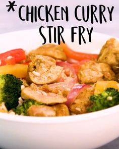 Chicken Curry Stir Fry Skip takeout (plus loads of sodium and extra calories) and make this healthier, Indian-inspired chicken-and-broccoli stir-fry instead. Coating the the chicken with spices before cooking seasons the meat and toasts the spices Stir Fry Recipes, Meat Recipes, Asian Recipes, Dinner Recipes, Cooking Recipes, Healthy Recipes, Cooking Fish, Tasty Videos, Food Videos