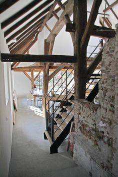 wonen oude stal: landelijke Woonkamer door Arend Groenewegen Architect BNA