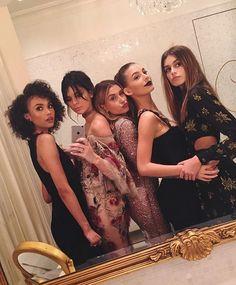 Isabella Peschardt, Kendall Jenner, Hailey Baldwin, Camila Morrone, Kaia Gerber