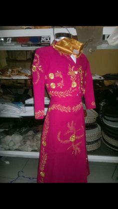 Pink Mariachi traje. Must find!
