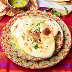 Soft, pillowy, buttery and perfect homemade garlic naan bread! A must try!