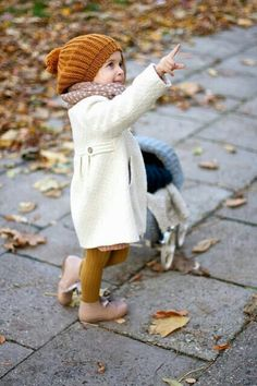 Vivi & Oli-Baby Fashion Life: Crazy atumn 🙂 Vivi & Oli-Baby Fashion Life: Verrückter Herbst :] This image has. Toddler Fall Outfits Girl, Girls Fall Outfits, Outfits Niños, Little Girl Outfits, Little Girl Fashion, Baby Outfits, Toddler Girls, Fashion Kids, Kids Winter Fashion