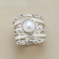 SCROLLED PEARL RING SET