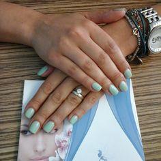 #manicure #mintconvertible #shellac #CNDshellac