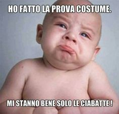 Mamma e non solo Natur House, Keep Calm And Smile, Italian Memes, Funny Times, Cheer Up, Funny Moments, Guys, Reading, Costumes