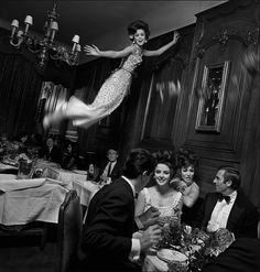 Jump - Paris 1965 © Melvin Sokolsky