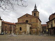 León Plaza del Grano - La plaza del grano se encuentra presidida por la iglesia del mercado, o de Santa María del Camino