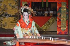 Memorial service for dolls. Dedicate to play a koto by Tayû to the god of a temple. Hôkyô Temple, Kyoto