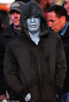 Jamie Foxx was spotted on the set of The Amazing Spider-Man 2 in Times Square wearing his full Electro make up