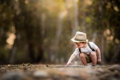 Check out these 10 all-star photographers who decided to give Prime a shot, and are now successfully selling their work through the premium marketplace, earning on every single sale. Toddler Boy Photography, Sibling Photography, Indoor Photography, Children Photography, Family Picture Poses, Fall Family Photos, Family Posing, Family Pictures, Family Portraits