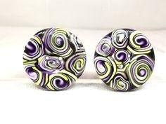 2 boutons ronds de 3 cm avec de jolies spirales colorées. de la boutique BoutonsdAuj sur Etsy