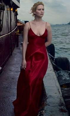 jennifer lawrence outdoor hd images - - Jessica Home Jennifer Lawrence Red Dress, Jennifer Lawrence Photos, Red Sparrow Movie, Jannifer Lawrence, Monica Belluci, Beautiful Red Dresses, Actress Jessica, Girl Model, Hollywood Actresses