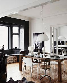 ffektfullt målade väggar, rustika möbler och grafiska inslag. ❤️ Det här rummet gör oss SÅ inspirerade, framför allt tack vare det