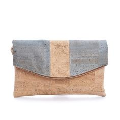 Elegant #Handbag & #Clutch made of silky smooth #cork #leather   100% #sustainable & #vegan   CHF 115.00   free delivery & return within Switzerland