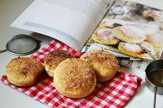 Doughnut, Hamburger, French Toast, Pancakes, Muffin, Bread, Breakfast, Desserts, Food