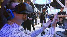Homem usando o Oculus Rift, de realidade virtual