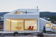 Palma de Mallorca, Spain, house was featured at The Annual World Architecture Festival in Berlin, Germany. Architecture Design, World Architecture Festival, Cabinet D Architecture, Residential Architecture, Contemporary Architecture, Hot House, House Names, Passive House, Wallpaper Magazine