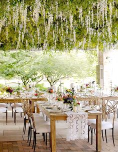 10. Giant Upside-Down Garden If you're a fan of big, beautiful, ballroom-style weddings with all of the bells and whistles, then this trend is most certainly for you. Wow (and we mean WOW) your guests with a flourishing upside-down garden smack dab in the center of your reception! Not only will the fragrant flowers smell absolutely ahh-mazing, but you'll have a gorgeous ceiling to dance under all night long!