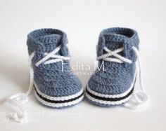 Crochet baby booties baby boy shoes boots by EditaMHANDMADE