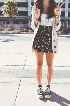 Skater Rock Outfit Mädchen - New Ideas Spring Fashion Casual, Look Fashion, Teen Fashion, Spring Outfits, Fashion Outfits, Womens Fashion, Casual Outfits, Hipster Outfits, Casual Summer