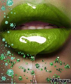 Green kiss