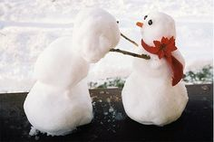 Building a snowman? Here are the best snowman pictures... ever!