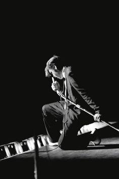 Elvis by Alfred Wertheimer