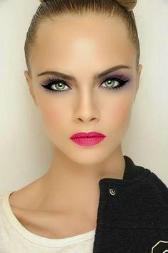 Cara Delavigne Make Up Photoshop Eyebrown Eyes Red Lips Selfie Bown