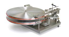 47Labs Model 4724 & 4726 - gleaming turntable and tonearm combo