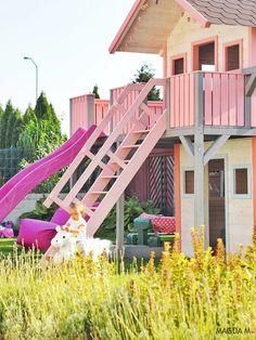 Beautiful girly playhouse Malaga, Play Houses, Fair Grounds, Girly, Park, Fun, Beautiful, Toy, Women's