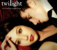 Twilight Parody By the Hillywood Show