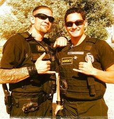 """Leland and his son (from his FB page). It will be interesting to see if he's son will be in the new episodes of """"Dog and Beth on the Hunt"""". Dakota Chapman, Leland Chapman, Hunter Dog, Dog The Bounty Hunter, Heartland Tv Show, Great Pic, Reality Tv Shows, Dream Guy, Good Looking Men"""