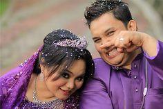 It's snowing in Malaysia! haha ;p our postwedding - 19.2.12 reception (Malaysian Wedding)