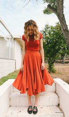 100 Beautiful Orange Dress To Your Collection Ideas https://femaline.com/2017/06/06/100-beautiful-orange-dress-to-your-collection-ideas/