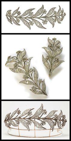 Tiara w/ detachable jewels