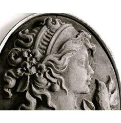 Gioiello: ELSA BY Clo'eT design - cameo in cemento WWW.CLOET.IT