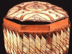 This is a Fine Example of a Mi'kmaq Birch-Bark Box Decorated with Porcupine Quills Collected in Newfoundland in the Early Century Native Indian, Native Art, Birch Bark Baskets, Aboriginal People, Newfoundland And Labrador, Indigenous Art, Modern Artists, First Nations, Antique Items